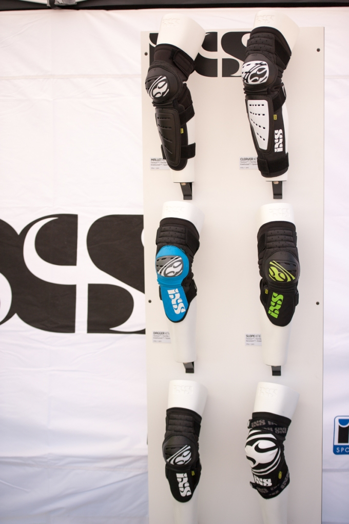 One of our iXS walls with leg protection.
