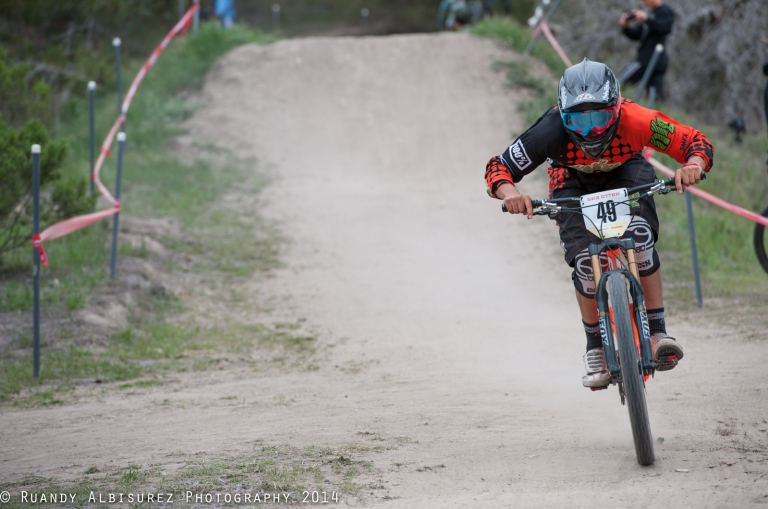 DH Racer rocking our knee pads!